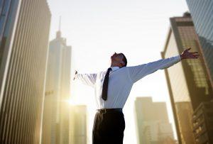 happy-young-businessman-big-city-b2b-digital-marketing-trends-ss